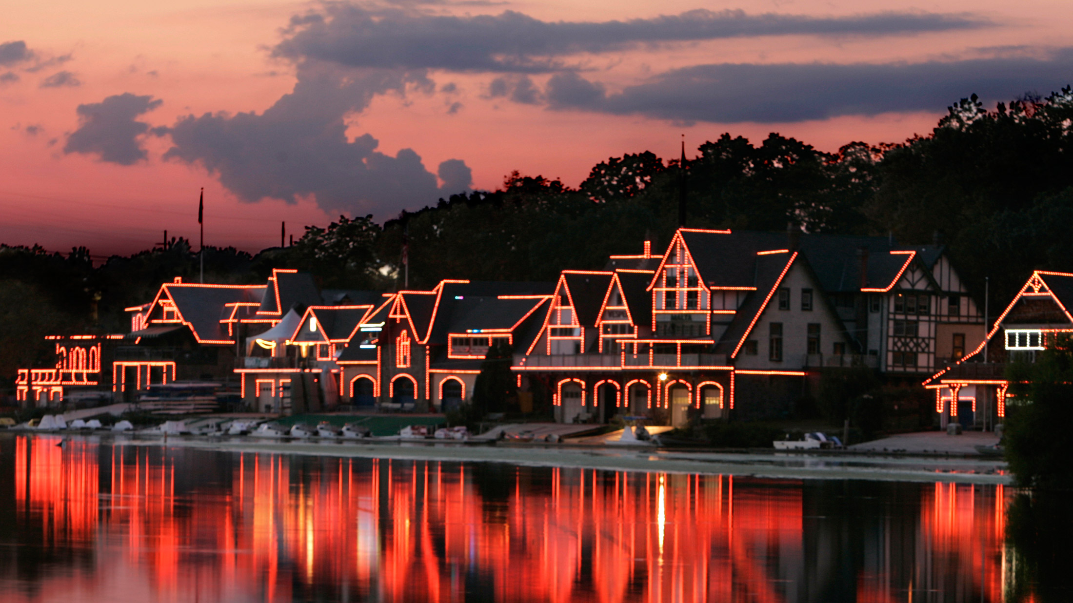 Boathouse-Row-sunset-R-Kennedy-2200VP